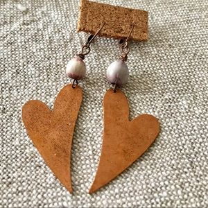 "Jewelry - ""New listing "" ❤️ copper earrings w/ bead❤️"